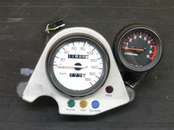【170614】SRX-6(1JK-000)◇純正メーター スピード タコ 【SRX600 | 中古バイクパーツ通販・買取 ジャンクヤード鳥取 JunkYard