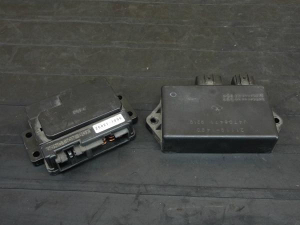 【170711】ZRX1100(ZRT10C-028)◇CDI イグナイター ジャンクションボックス | 中古バイクパーツ通販・買取 ジャンクヤード鳥取 JunkYard