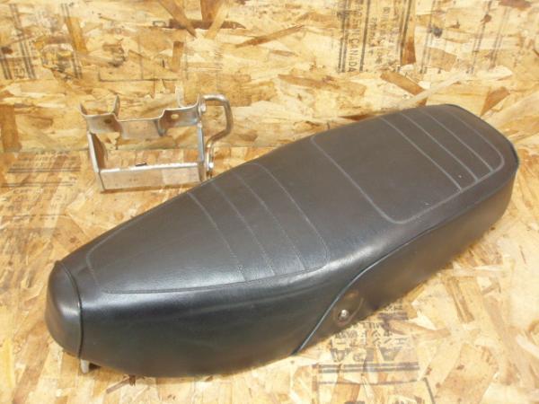 リトルカブ50 C50☆カブラシート ダブルシート 社外 AA01C90 | 中古バイクパーツ通販・買取 ジャンクヤード鳥取 JunkYard