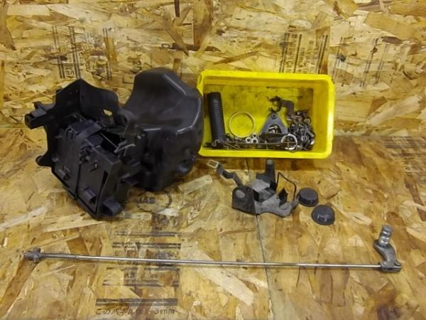 ドラッグスター400C(4TR-102)◎バッテリーボックス ロッド | 中古バイクパーツ通販・買取 ジャンクヤード鳥取 JunkYard