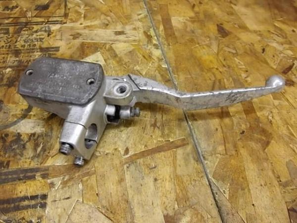 ドラッグスター400C(4TR-102)◎フロントブレーキマスター 1inc | 中古バイクパーツ通販・買取 ジャンクヤード鳥取 JunkYard