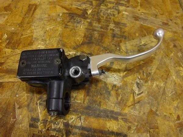 Dトラッカー(LX250E-A01)◎フロントブレーキマスター | 中古バイクパーツ通販・買取 ジャンクヤード鳥取 JunkYard