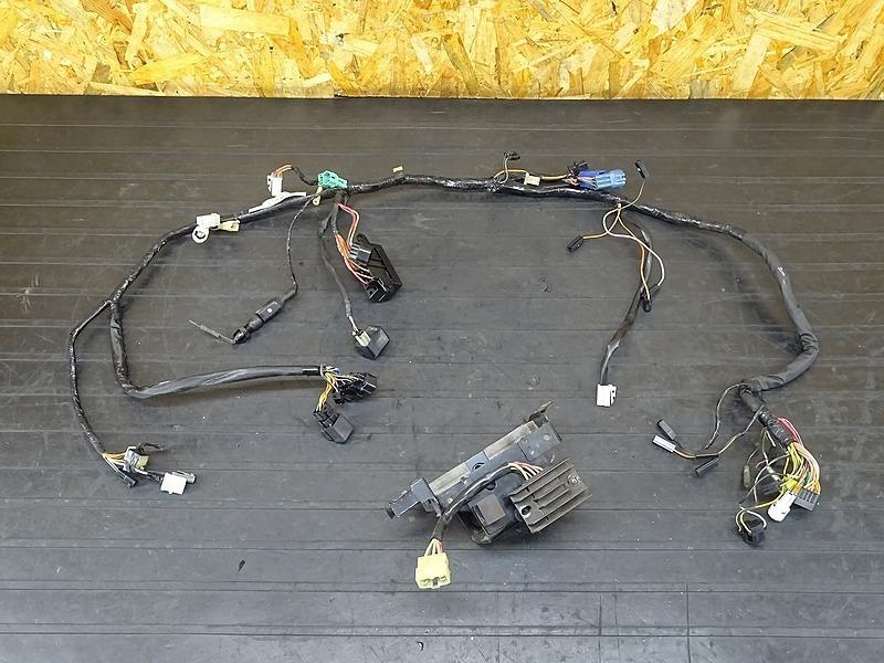 【200302】GSX400インパルス(GK7CA-100)■ メインハーネス レギュレーター レギュレター バッテリーボックス | 中古バイクパーツ通販・買取 ジャンクヤード鳥取 JunkYard