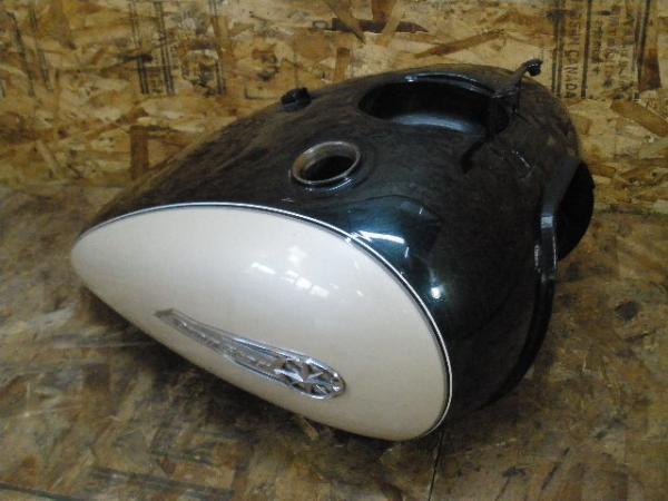 ドラッグスター400C(4TR-100)◇ガソリンタンク 燃料タンク | 中古バイクパーツ通販・買取 ジャンクヤード鳥取 JunkYard