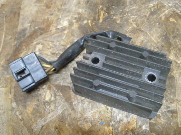 KDX250SR(DX250F-001)◇レギュレター レギュレーター | 中古バイクパーツ通販・買取 ジャンクヤード鳥取 JunkYard