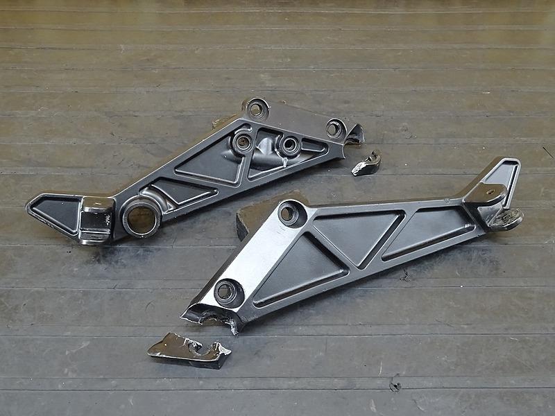 【200501】■ ZRX400 ステッププレート左右セット ジャンク 【前期 ZRX-2 | 中古バイクパーツ通販・買取 ジャンクヤード鳥取 JunkYard