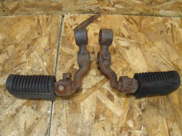 XS250SP(4A8-500)◎純正メインステップ 左右 フロントステップ | 中古バイクパーツ通販・買取 ジャンクヤード鳥取 JunkYard