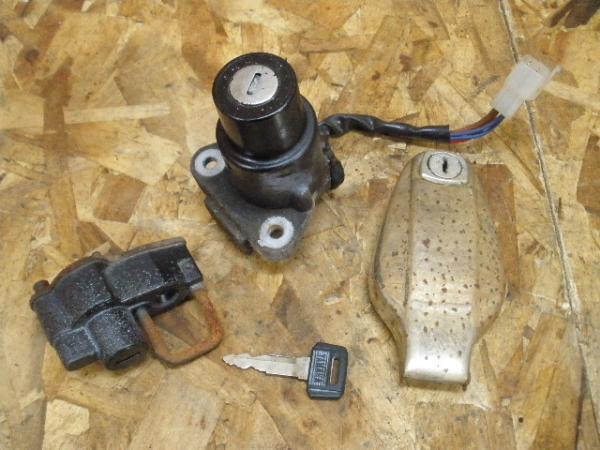 XS250SP(4A8-500)◎キーセット メインキー ヤマハ純正キー   中古バイクパーツ通販・買取 ジャンクヤード鳥取 JunkYard