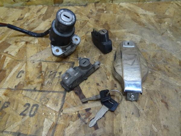 SR500(2J2-185)◇メインスイッチ キーセット 鍵付 【SR400 | 中古バイクパーツ通販・買取 ジャンクヤード鳥取 JunkYard