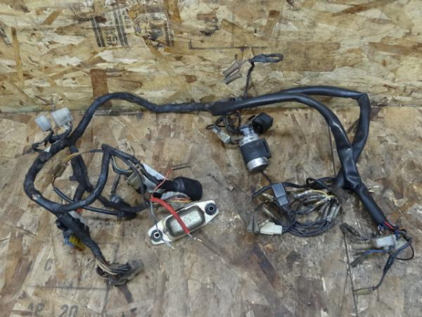 TX650(447-455)◇メインハーネス リレー 電装系【XS650/SP/XS1   中古バイクパーツ通販・買取 ジャンクヤード鳥取 JunkYard