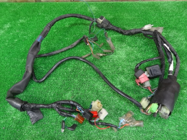 FTR223(MC34-1501)◇メインハーネス ウィンカーリレー | 中古バイクパーツ通販・買取 ジャンクヤード鳥取 JunkYard