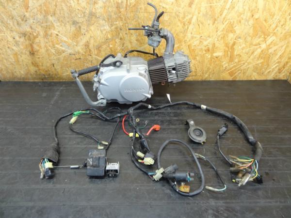 【151030】ベンリィCD90(HA03)◆エンジン クラッチ付 4速 12V | 中古バイクパーツ通販・買取 ジャンクヤード鳥取 JunkYard