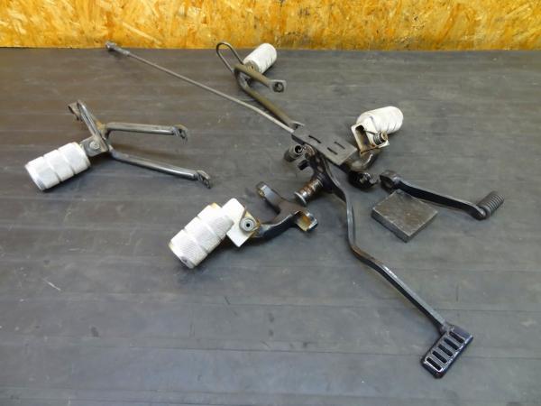 【160531】FTR223(MC34)◎ステップ メイン タンデム ベース | 中古バイクパーツ通販・買取 ジャンクヤード鳥取 JunkYard