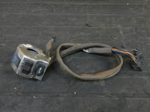 【160624】バルカン400(VN400A)◇ハンドルスイッチ 左ウインカー | 中古バイクパーツ通販・買取 ジャンクヤード鳥取 JunkYard