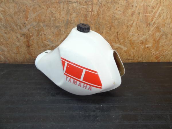 【160623】XT250(3Y5)◆社外FRPビックタンク ガソリンタンク | 中古バイクパーツ通販・買取 ジャンクヤード鳥取 JunkYard