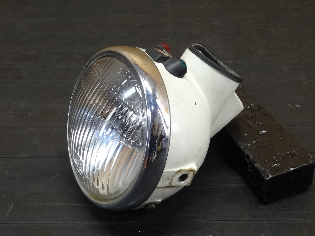 【171104.H】エイプ50(AC16-1108)☆純正ヘッドライト ヘッドライトカバー ヘッドライトケース インジケータ | 中古バイクパーツ通販・買取 ジャンクヤード鳥取 JunkYard