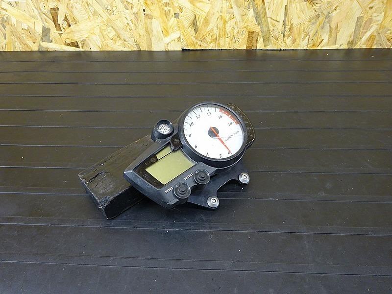 【190110.Y】YZF-R6 レーサーベース '05(CJ08C)★ スピードメーター タコメーター 難有!? ジャンクにて!? | 中古バイクパーツ通販・買取 ジャンクヤード鳥取 JunkYard