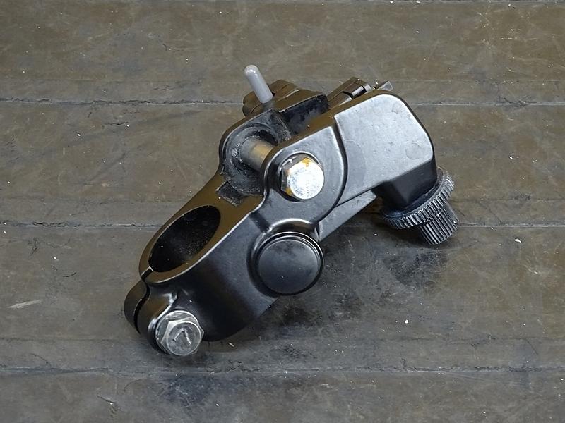 【191015.K】Ninja250(EX250P-A03)★ クラッチレバーホルダー 【NINJA ニンジャ | 中古バイクパーツ通販・買取 ジャンクヤード鳥取 JunkYard