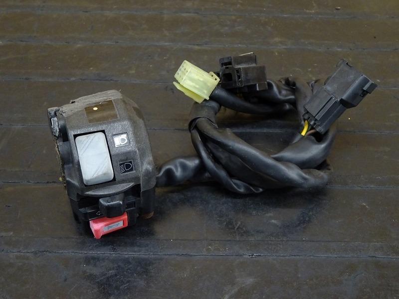 【201106】WR250X(DG15J-004)◇ ハンドルスイッチ左 スイッチボックス左 【WR250R | 中古バイクパーツ通販・買取 ジャンクヤード鳥取 JunkYard