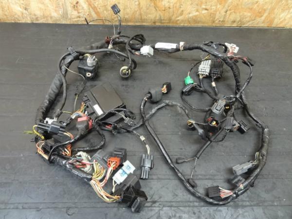 【140910】Ninja ZX-6R'03◎メインハーネス リレー【ZX600K | 中古バイクパーツ通販・買取 ジャンクヤード鳥取 JunkYard