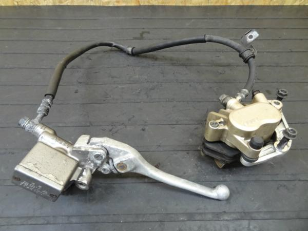 【140612】VT250スパーダ(MC20)◎フロントブレーキ キャリパー   中古バイクパーツ通販・買取 ジャンクヤード鳥取 JunkYard