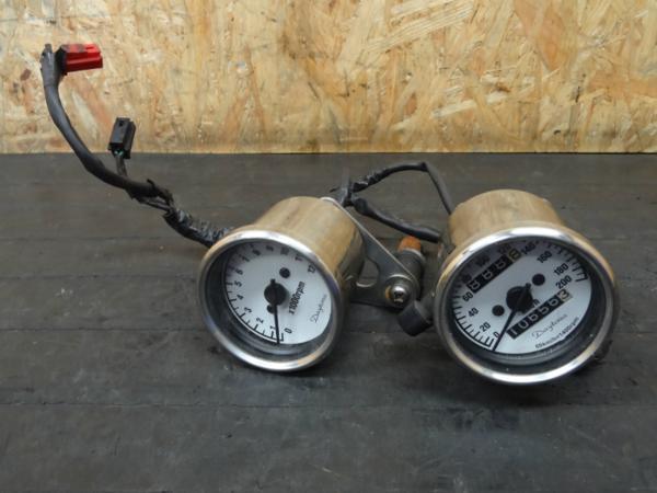 《140906》SR400(RH01J)◇社外メーター スピード タコ DAYTONA | 中古バイクパーツ通販・買取 ジャンクヤード鳥取 JunkYard