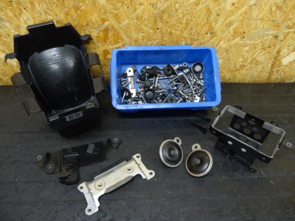 【150206】インパルス400(GK7CA)◆バッテリーボックス ボルトSet | 中古バイクパーツ通販・買取 ジャンクヤード鳥取 JunkYard