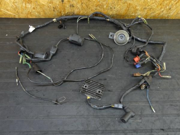 【160309】KDX250(DX250F)◆レギュレター コイル メインハーネス | 中古バイクパーツ通販・買取 ジャンクヤード鳥取 JunkYard
