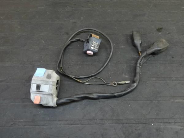【160309】KDX250(DX250F)◆ハンドルスイッチ 左右 ウインカー | 中古バイクパーツ通販・買取 ジャンクヤード鳥取 JunkYard