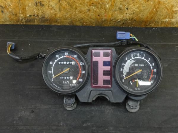 【160328】GSX250L/T(GJ51B)◇メーター スピード タコ 【ザリ | 中古バイクパーツ通販・買取 ジャンクヤード鳥取 JunkYard