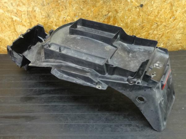 【170303】CB1300SF(SC40-1000)◇リアフェンダー インナーフェンダー | 中古バイクパーツ通販・買取 ジャンクヤード鳥取 JunkYard