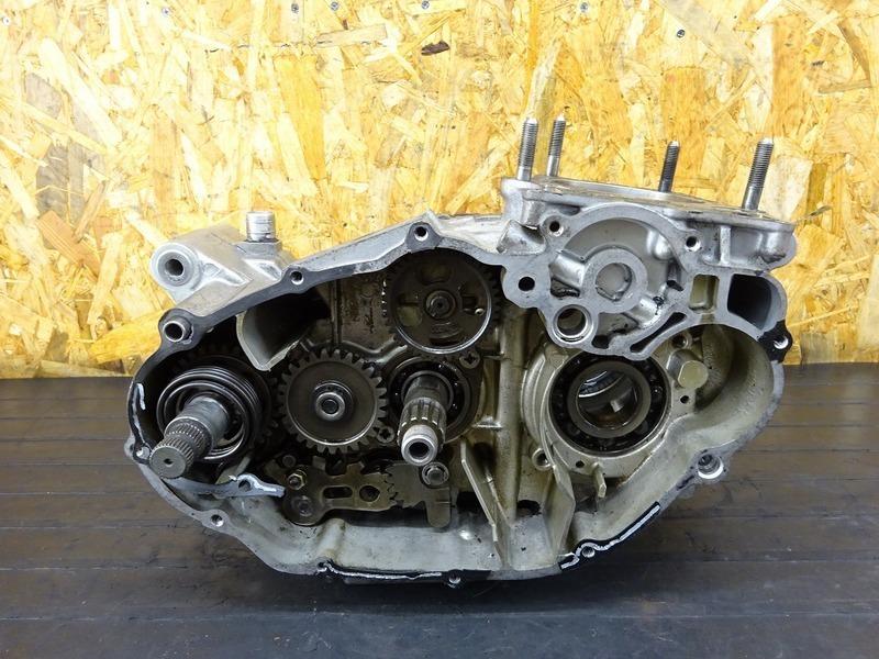 【200731】SR400■ エンジン腰下 クランクケース ミッション ジャンク!! 【2H6 | 中古バイクパーツ通販・買取 ジャンクヤード鳥取 JunkYard