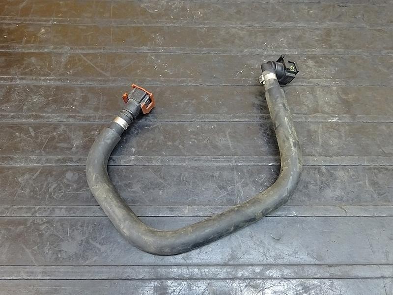 【181012.Y】YZF-R25(RG10J-007)● 燃料ホース ガソリン フューエル | 中古バイクパーツ通販・買取 ジャンクヤード鳥取 JunkYard