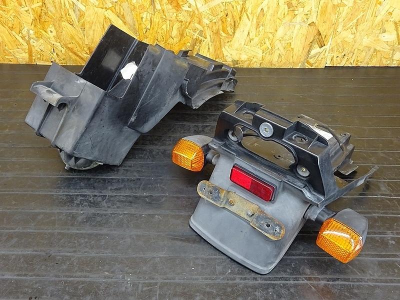 【191101.K】ZRX400(ZR400E-006)★ リアフェンダー インナーフェンダー バッテリーボックス 小物入れ リアウインカー | 中古バイクパーツ通販・買取 ジャンクヤード鳥取 JunkYard