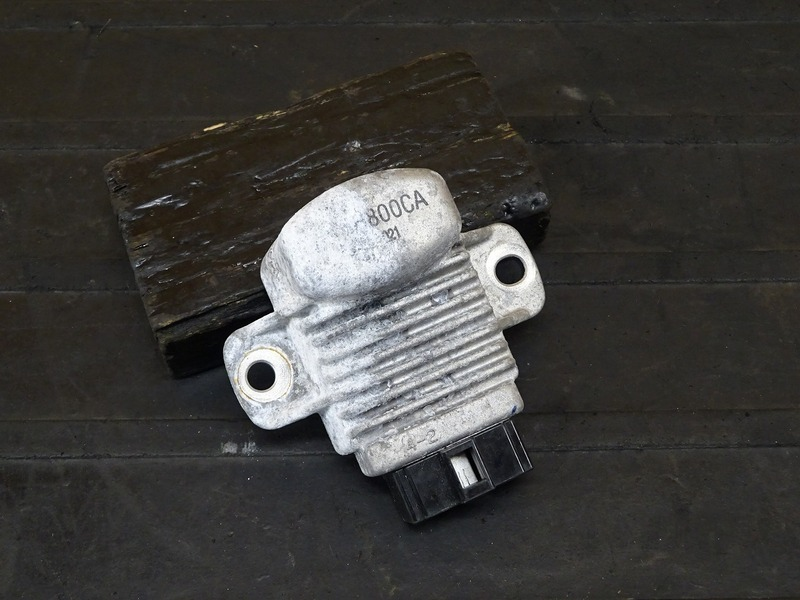 【210409】GROM(JC61-1102)■ レギュレーター レギュレター 【グロム 前期 MSX125 JC75 | 中古バイクパーツ通販・買取 ジャンクヤード鳥取 JunkYard