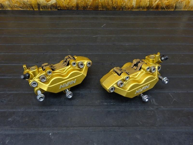 【210303】CB400SB(NC39-1206)■ フロントブレーキキャリパー 62㎜ 【スーパーボルドール CB400SF Vtec3 スペックⅢ | 中古バイクパーツ通販・買取 ジャンクヤード鳥取 JunkYard