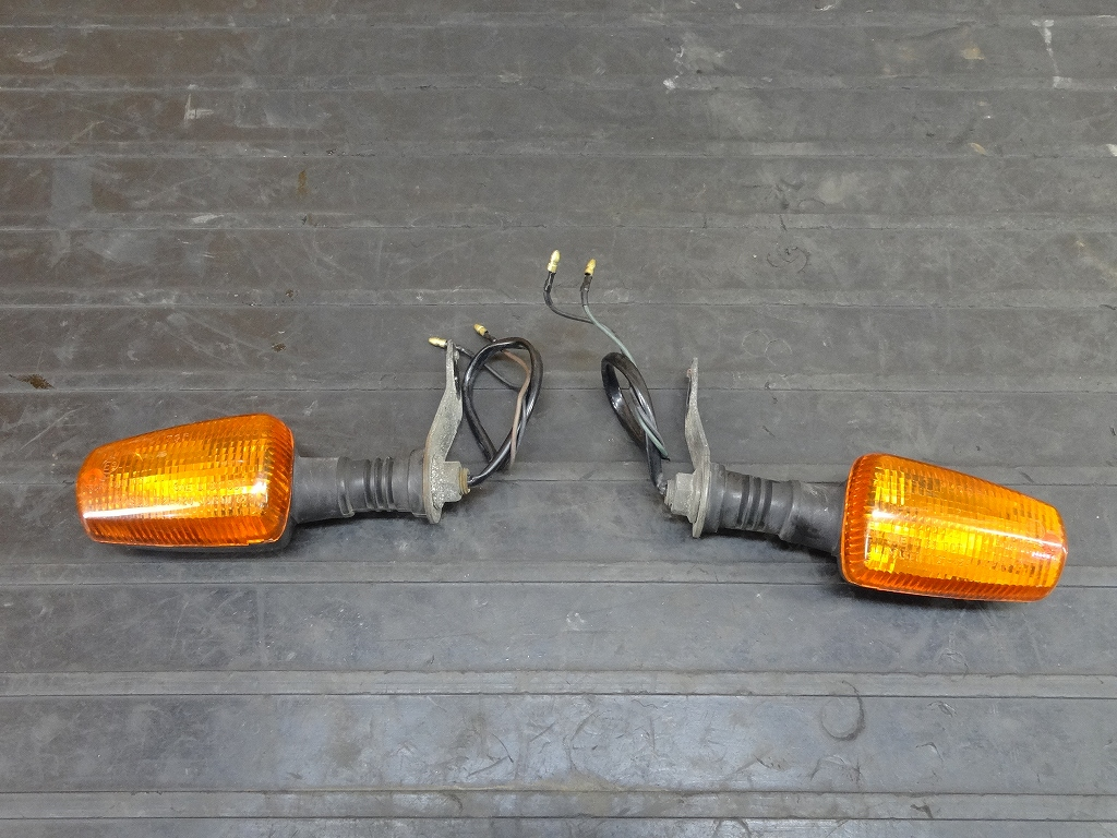 【180509.Y】FZR250(2KR-142)★リアウィンカー左右 | 中古バイクパーツ通販・買取 ジャンクヤード鳥取 JunkYard