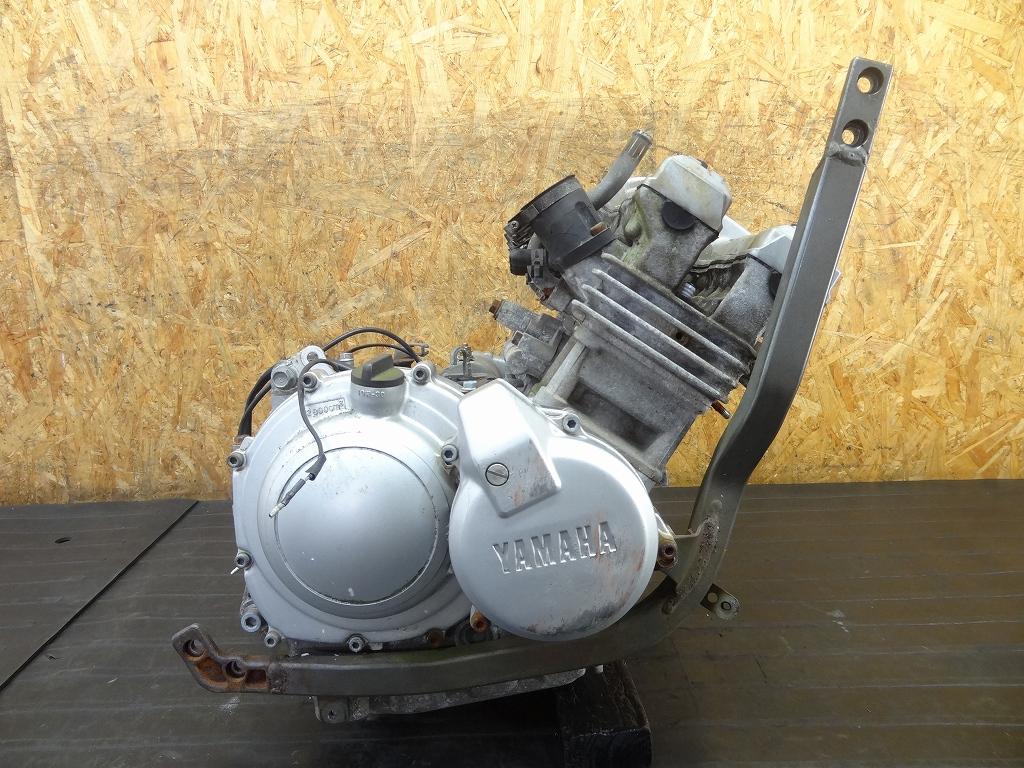 【180509.Y】FZR250(2KR-142)★エンジン セルモーター 部品取りに?? ジャンク | 中古バイクパーツ通販・買取 ジャンクヤード鳥取 JunkYard