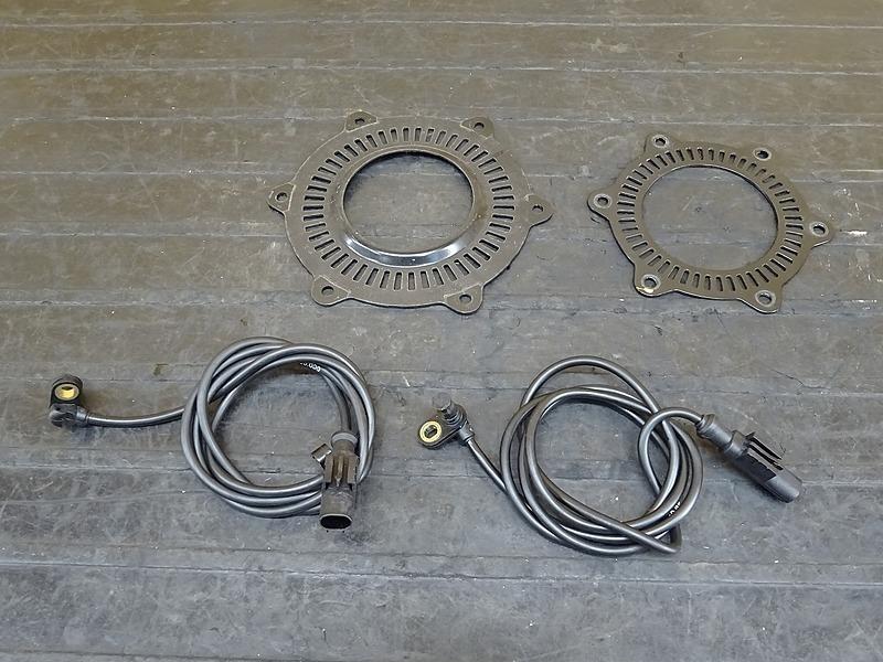 【200409】KTM 1190 アドベンチャー '16■ ABSセンサー前後セット ABSプレート ABSローター 【ADVENTURE | 中古バイクパーツ通販・買取 ジャンクヤード鳥取 JunkYard