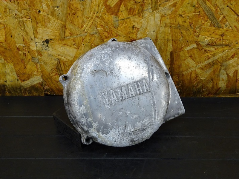 【200810】■ SR400 ジェネレーターカバー エンジンカバー左 【エンジンパーツ | 中古バイクパーツ通販・買取 ジャンクヤード鳥取 JunkYard