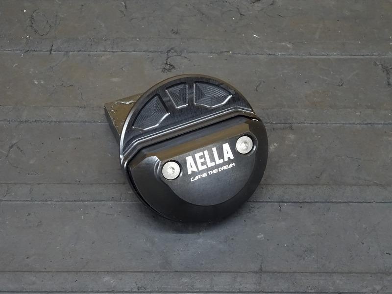 【201020】ドゥカティ スクランブラー アイコン '20■ 社外エンジンスライダー AELLA アエラ 【DUCATI ICON | 中古バイクパーツ通販・買取 ジャンクヤード鳥取 JunkYard