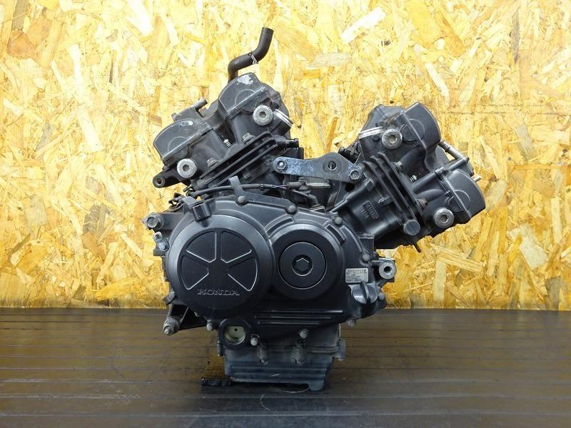 【201222】VTR250F(MC33-1601)■ 中古エンジン ジェネレーター セルモーター ジャンク!? 【Fi インジェクション | 中古バイクパーツ通販・買取 ジャンクヤード鳥取 JunkYard