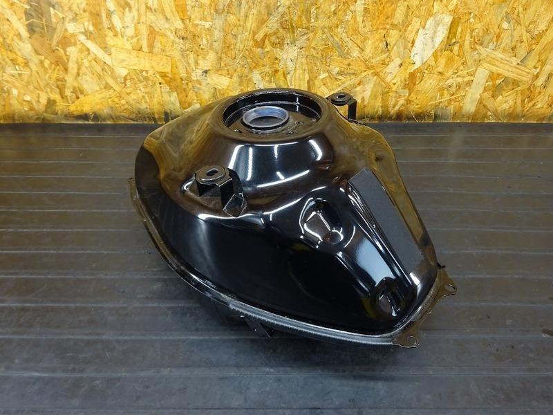 【210802】YZF-R3 ABS(RH13J-001)■ 燃料タンク ガソリンタンク フューエルタンク ※検:YZF-R25 MT25 | 中古バイクパーツ通販・買取 ジャンクヤード鳥取 JunkYard