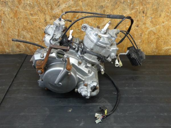 【170316】TS125R(SF15A-113)◆エンジン キャブレター 排気デバイス 難有 部品取りに?? | 中古バイクパーツ通販・買取 ジャンクヤード鳥取 JunkYard