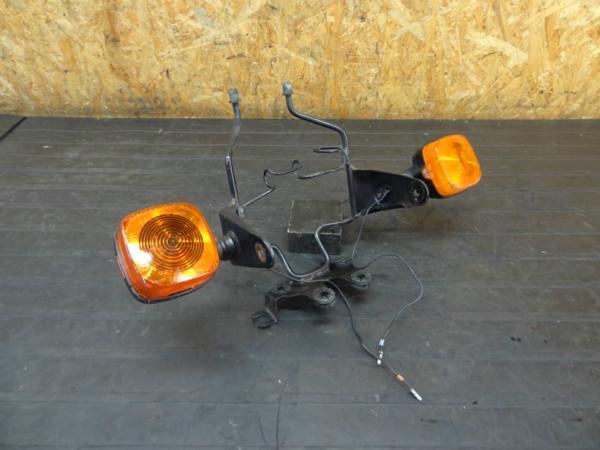 【170623】CB125T(JC06-1001)◆ヘッドライトステー ウインカー 難有 | 中古バイクパーツ通販・買取 ジャンクヤード鳥取 JunkYard