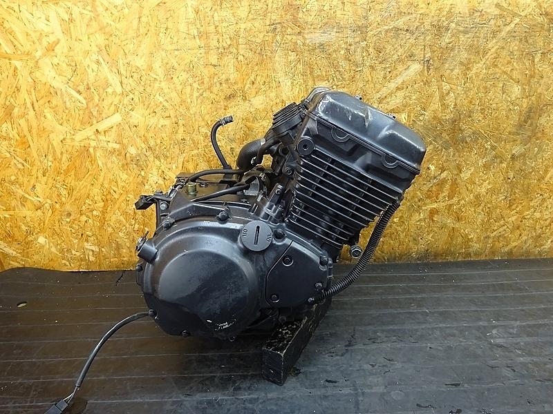 【190217.K】バリオスⅡ(ZR250B-031)● エンジン クランク ミッション クラッチ 始動OK? ベースに? 【バリウス2 2型 | 中古バイクパーツ通販・買取 ジャンクヤード鳥取 JunkYard