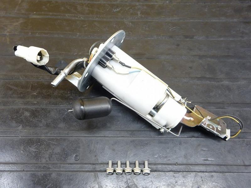 【200615】GSX-S1000 ABS '16◇ 燃料ポンプ フューエルポンプ ガソリンポンプ 燃料センサー 【S1000F | 中古バイクパーツ通販・買取 ジャンクヤード鳥取 JunkYard