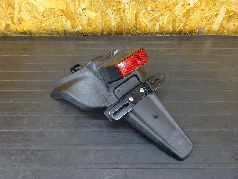 【210721】■ GSX1300R(GX72A) リアフェンダー ナンバー灯 | 中古バイクパーツ通販・買取 ジャンクヤード鳥取 JunkYard