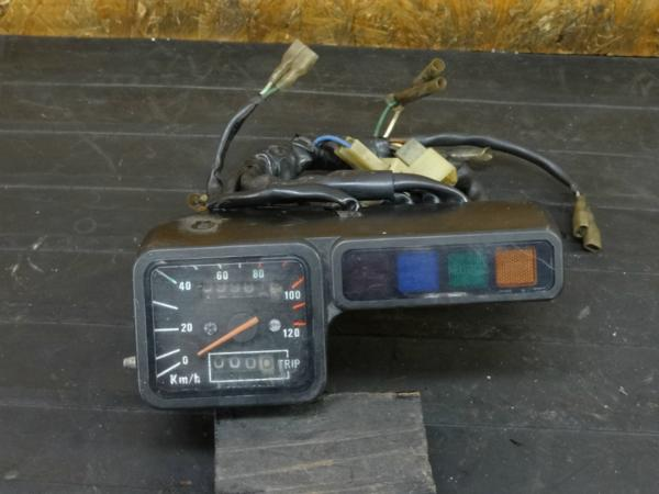 【170622】TLR200(MD09-1009)◇スピードメーター インジケーター   中古バイクパーツ通販・買取 ジャンクヤード鳥取 JunkYard