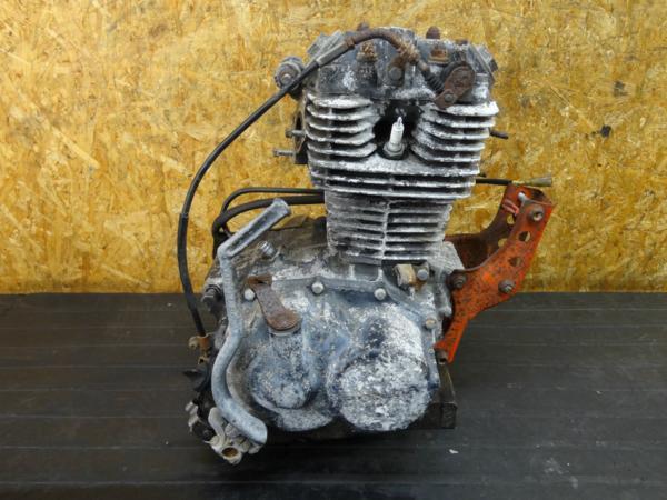 【170622】TLR200(MD09-1009)◇エンジン 始動確認済み!! キックペダル付   中古バイクパーツ通販・買取 ジャンクヤード鳥取 JunkYard